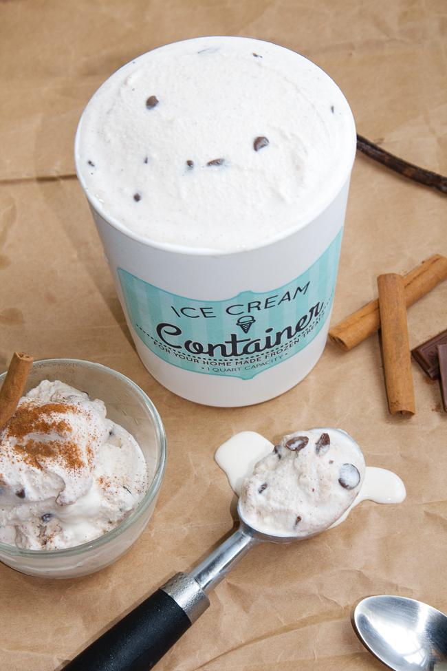 Homemade Vanilla Cinnamon Ice Cream
