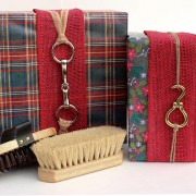 Snaffle bit and hoof pick hardware for wrapping gifts