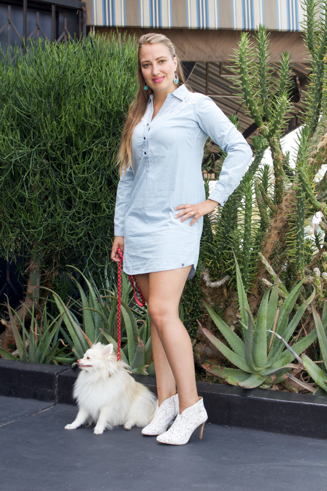 The little denim dress, a perfect date night outfit
